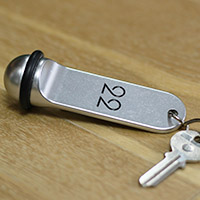 Porte clé boule aluminium argent recto